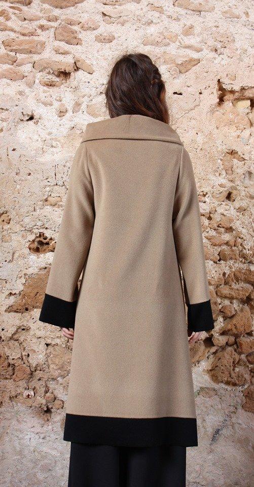 Cappotto Cappotto lungo color cammello collezione autunno inverno 2019 elio fronterre marzamemi sicilia1