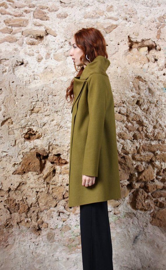 Cappotto verde acido collezione autunno inverno 2019 elio fronterre marzamemi sicilia3