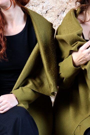 Cappotto verde acido collezione autunno inverno 2019 elio fronterre marzamemi sicilia6