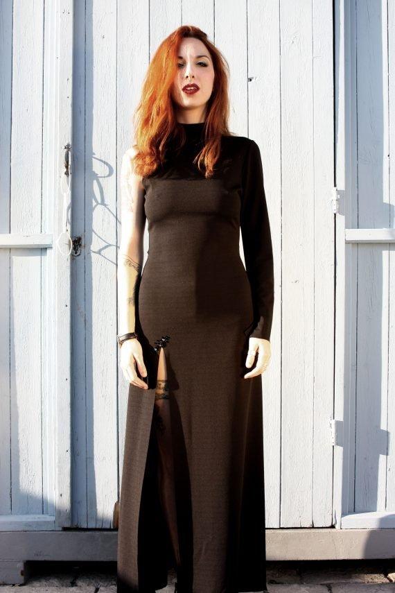 Art F37 abito lungo nero con spacco3 scaled